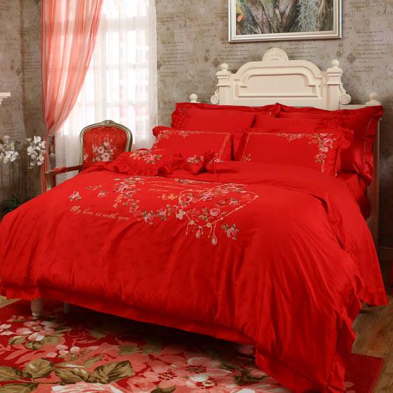 2,浪漫高贵的欧式风格,品位独创款式新颖,花型浪漫唯美,色彩艳丽